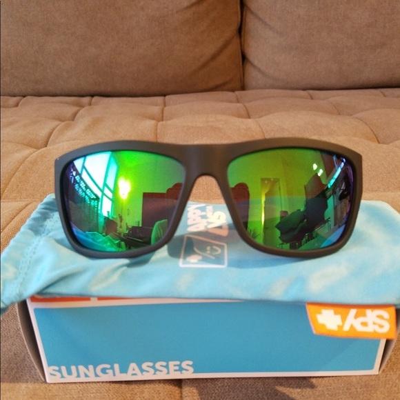 b2de46be7d76b BRAND NEW Spy Optic Angler Sunglasses